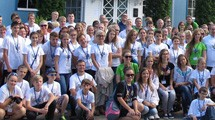 GLOBE Estonia students pose for a group photo.
