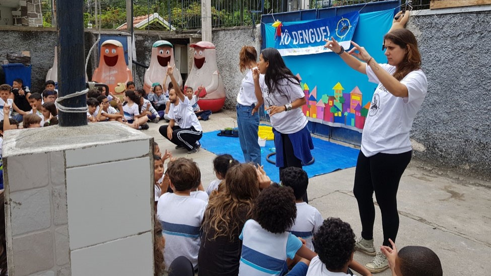 Rio, Brazil. Using the skills they worked on during the 2018 GLOBE virtual exchange pilot, the Escola Municipal Minas Gerais Science Club performed plays, put on demonstrations, and even designed board games to promote awareness of mosquito-borne diseases and their prevention.
