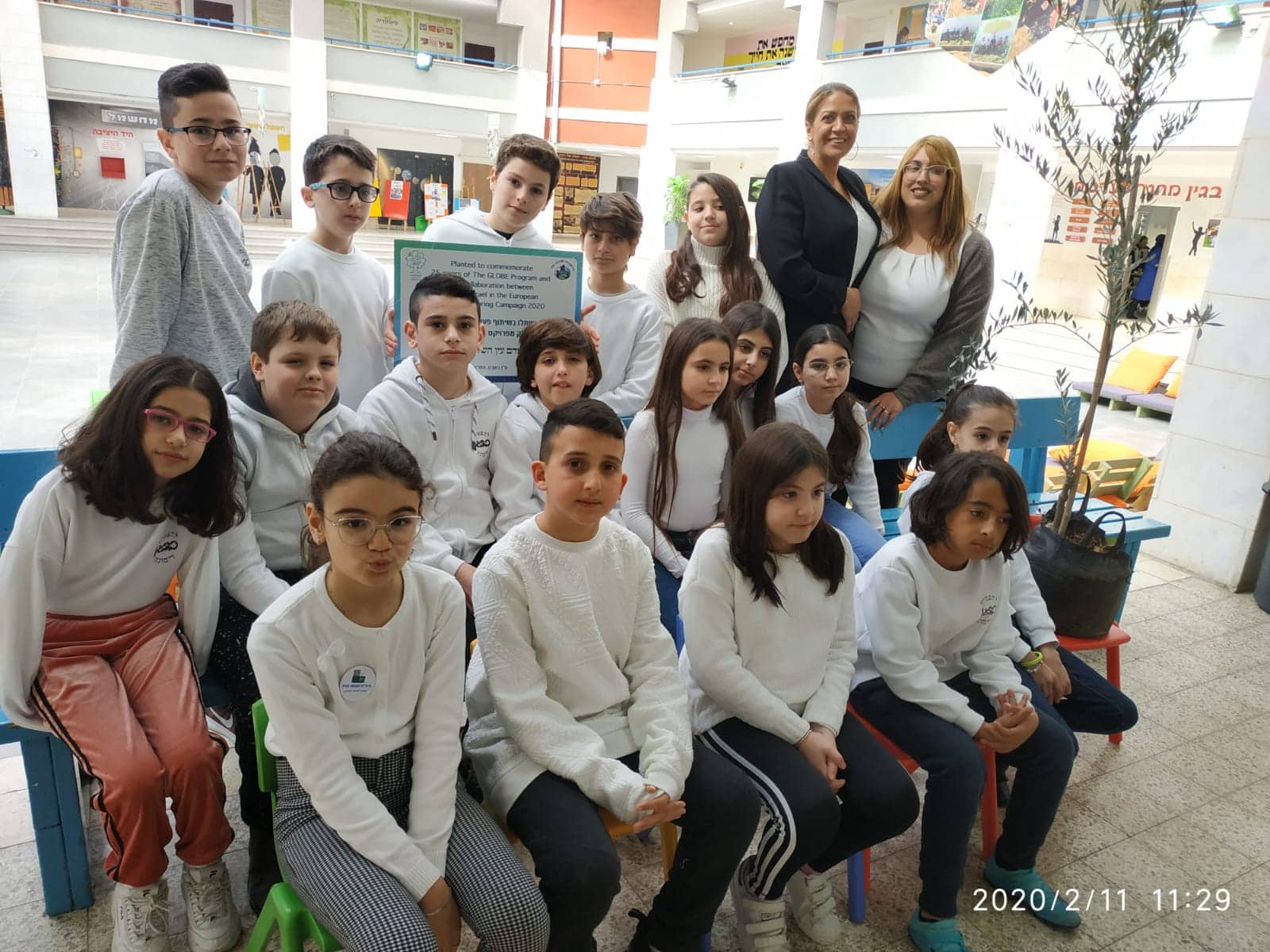 GLOBE students at Begin Elementary School (Dimona, Israel)