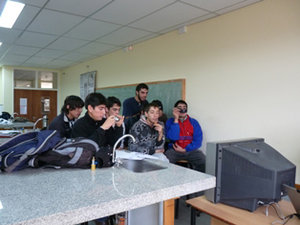 GLOBE alumni in Patagonia, Argentina observe the videoconference